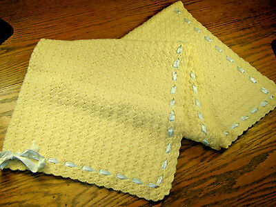 Vintage Hand Crocheted Shell Stitch Baby Blanket W Blue