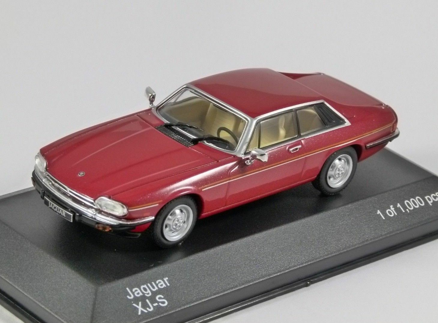 WHITEBOX WB288, 1975 JAGUAR XJ-S, RED, 1 43 SCALE