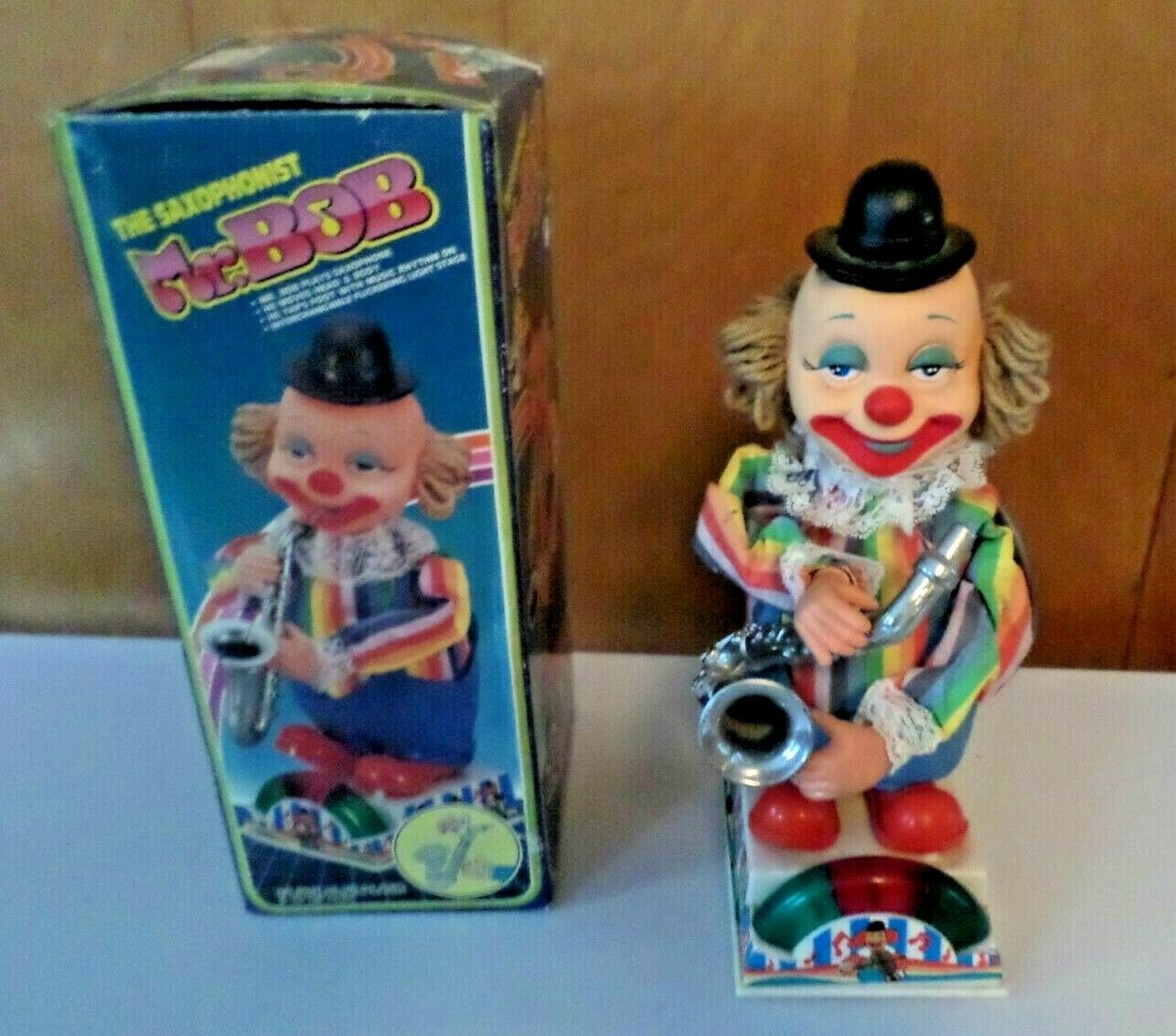 VINTAGE WITH BOX MR. BOB THE SAXOPHONIST MUSICAL TOY