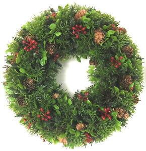 Tuerkranz-Herbst-Weihnachten-Kranz-30cm-Beeren-Buchs-Tanne-Zapfen-Winterkranz