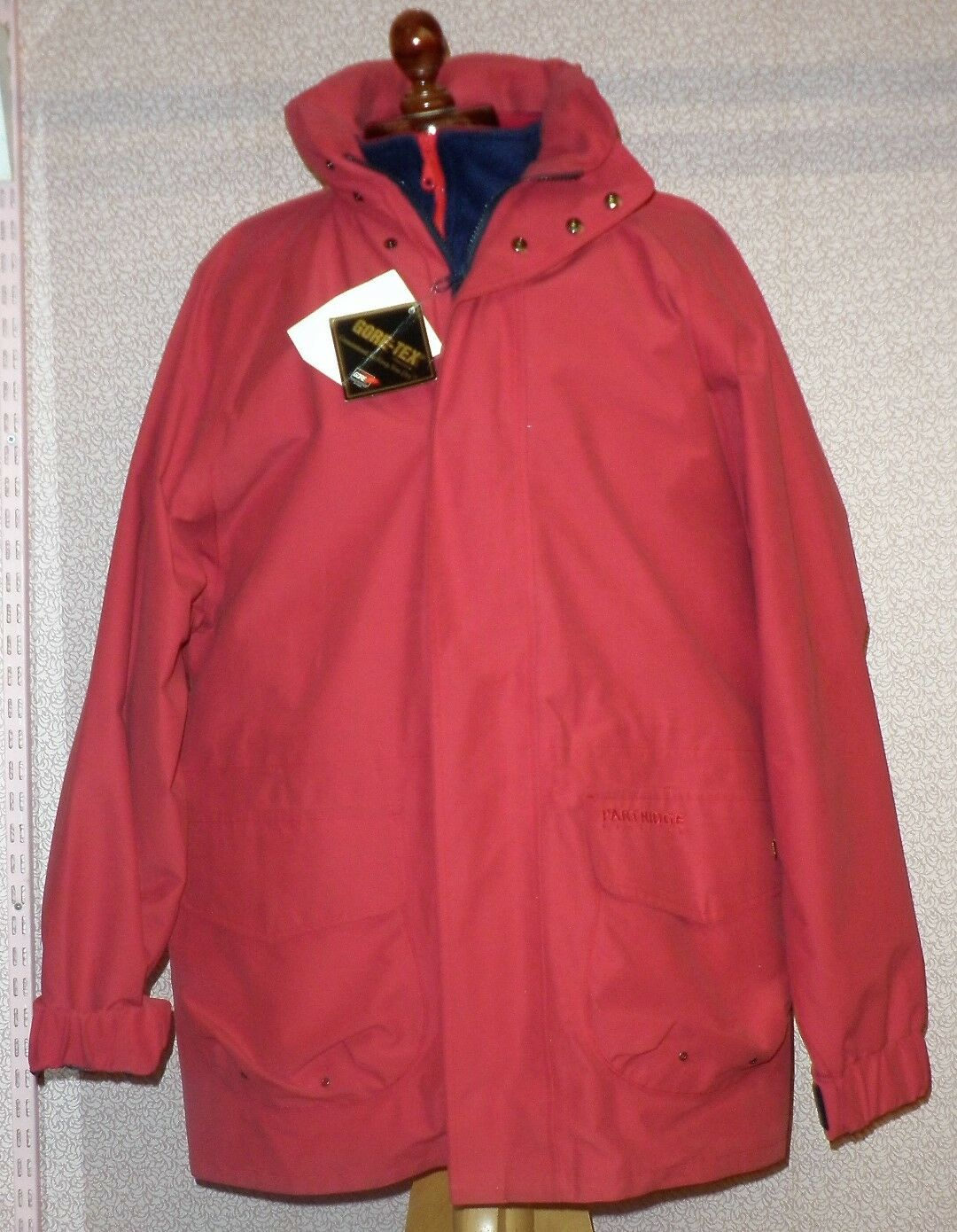 Mens Large Gore-tex Red John Partridge Waterproof & Windproof Coat