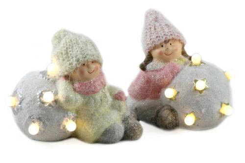 Keramik 15cm Glitzer-Schnee Junge /& Mädchen in Winterkleidung Schneeball LED