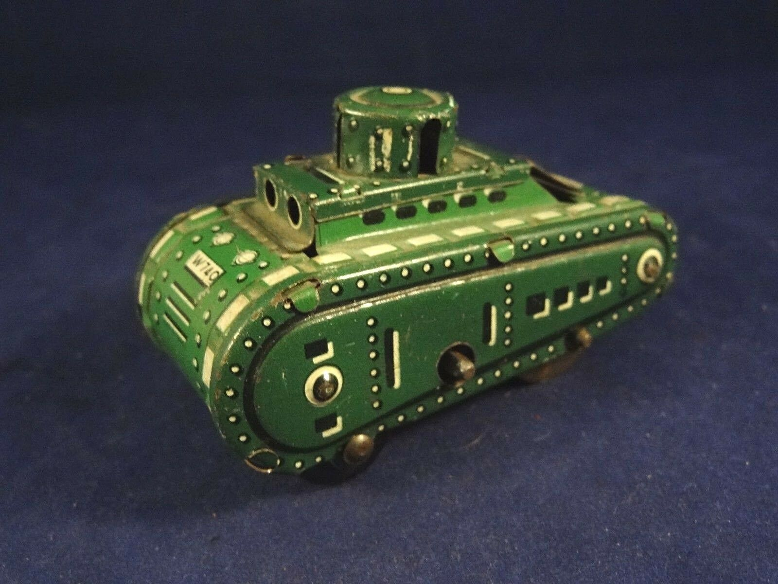 Ancien jouet tôle militaire mécanique petit tank SFA PARIS années 1930 W 740