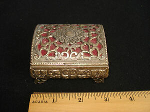 Vtg-metal-chest-box-for-trinket-stash-Lacey-metal-red-lining-3-25-in