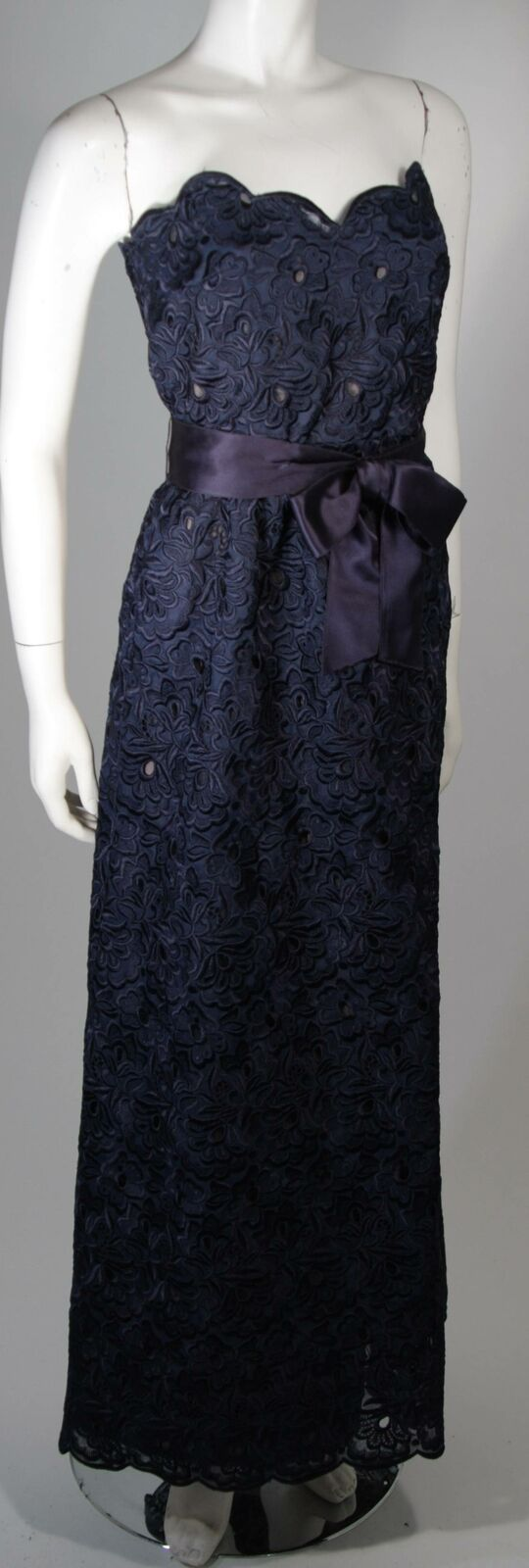 ARNOLD SCAASI Navy Floral Lace Gown Satin Belt Si… - image 7