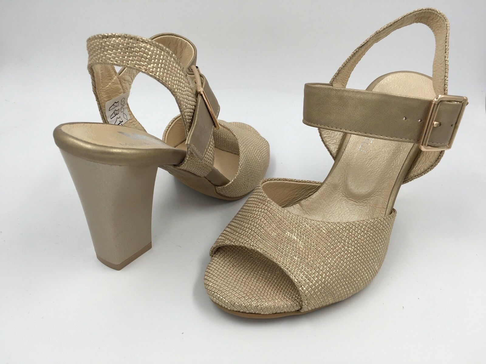 MASSIMO CASTELLI gold TEXTURED BLOCK HEEL SANDALS UK 3.5 EU 36