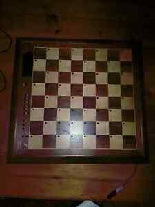 Photo d'ordinateur d'ordinateur d'échecs de Fidelity Electronics As Challenger Series