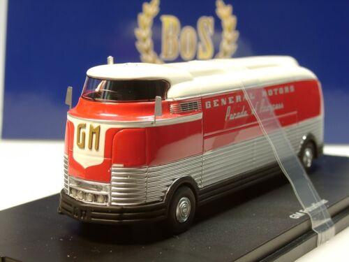 rot weiss BOS GM Futurliner 87265-1:87