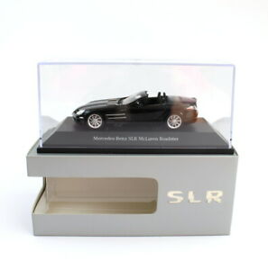 Mercedes-Benz-Modellauto-1-43-SLR-McLaren-Roadster-B66961006
