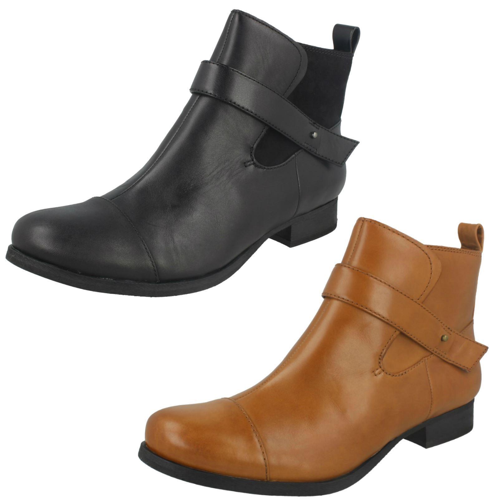 Ladies Clarks Boots - Ladbroke Magic
