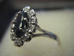 c6a71413a59 Bague marquise en or blanc 18 carats saphir et diamants taille 57