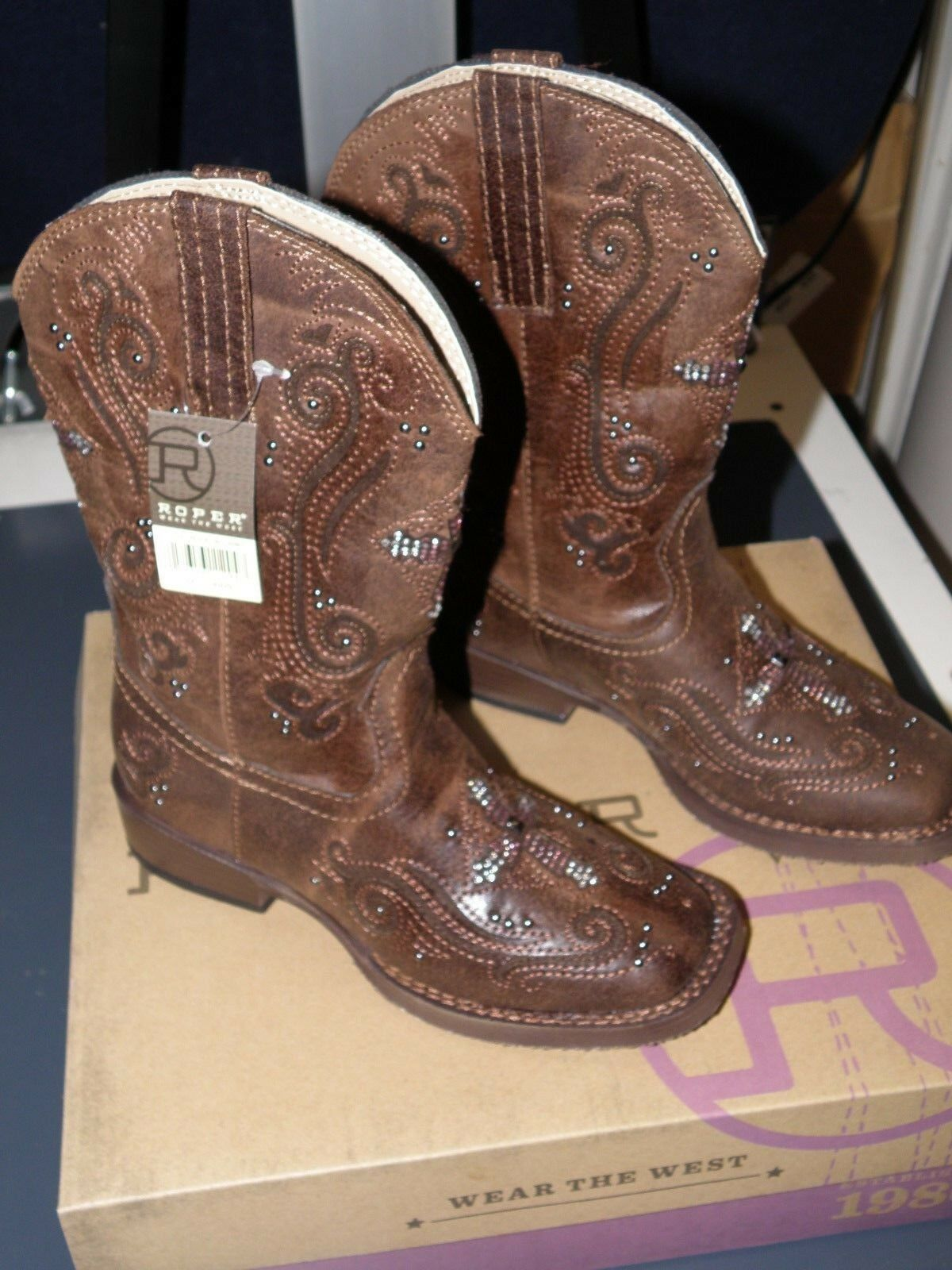 KID GIRL'S  ROPER FAITH CLASSIC SQ. TOE  BROWn w  CRYSTAL CROSS  SIZE 12  SWEET   here has the latest
