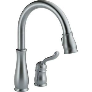 Delta-Leland-Single-Handle-Pull-Down-Sprayer-Kitchen-Faucet-in-Arctic-Stainless