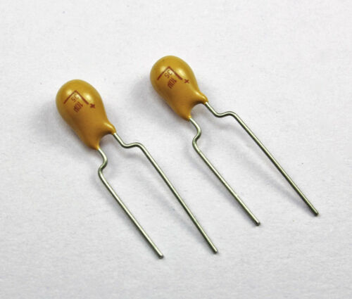 10pcs AVX 10uF 35v 10/% Solid Dipped Radial Tantalum Capacitor