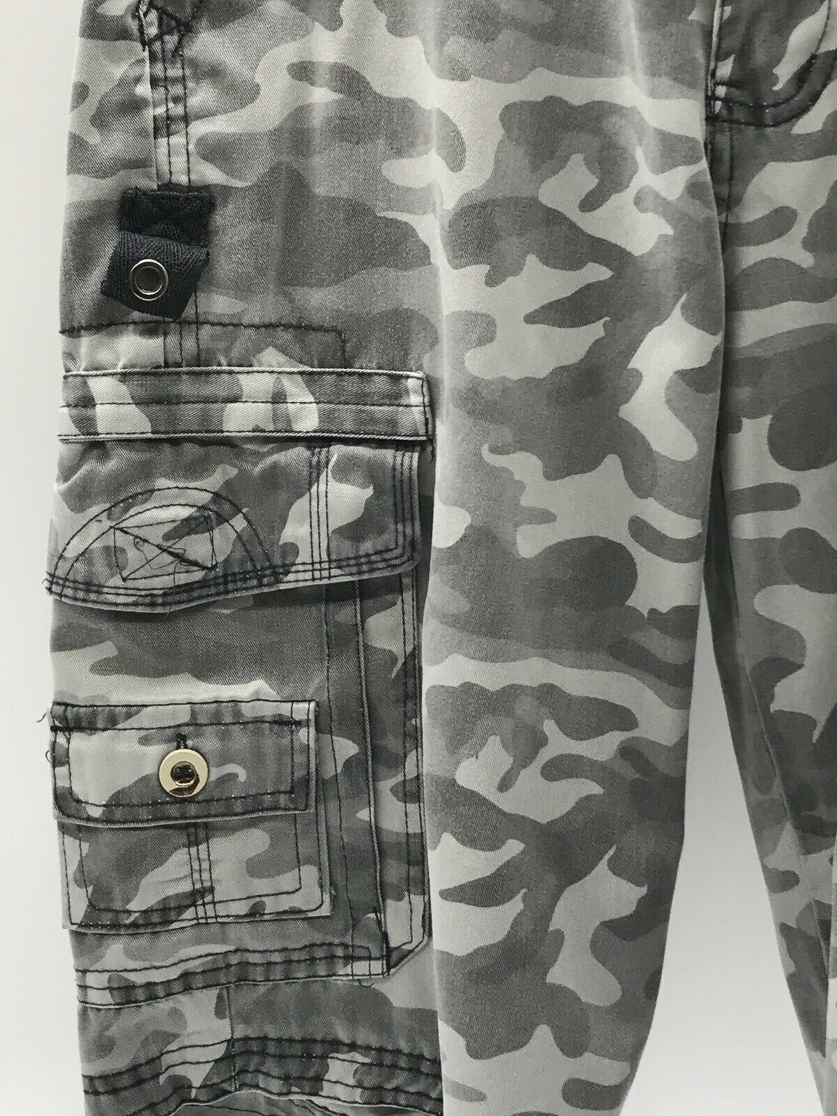 Courage Clothing Company Mens Camouflage Hiking S… - image 3