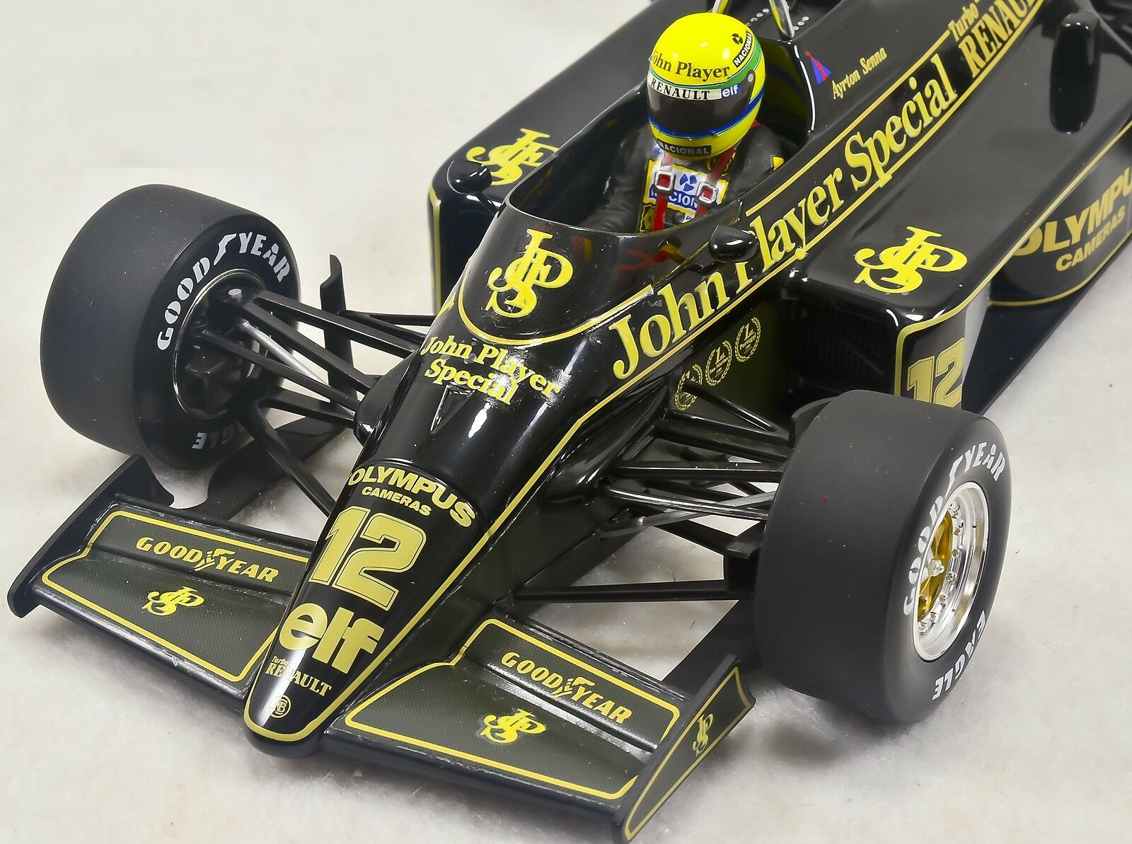 1 18 Ayrton Senna 1985 Lotus Renault 97T 97T 97T with FULL LIVERY 61b4eb
