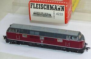 Fleischmann-4235-Diesellok-Lok-BR-221-131-6-DB-rot-OVP