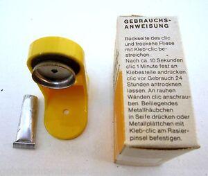 DDR-Seifen-und-Rasierpinsel-Mangnet-Halter-aus-Kunststoff-in-GELB-im-Karton