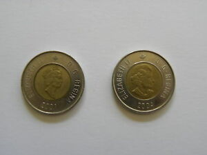2-Dollars-Canadian-Coin-2001-or-2004-Canada-Toonie