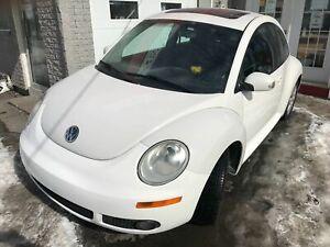 2010 Volkswagen New Beetle L