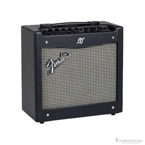 Fender-Mustang-I-V-2-20-Watt-1x8-Guitar-Combo-Amp
