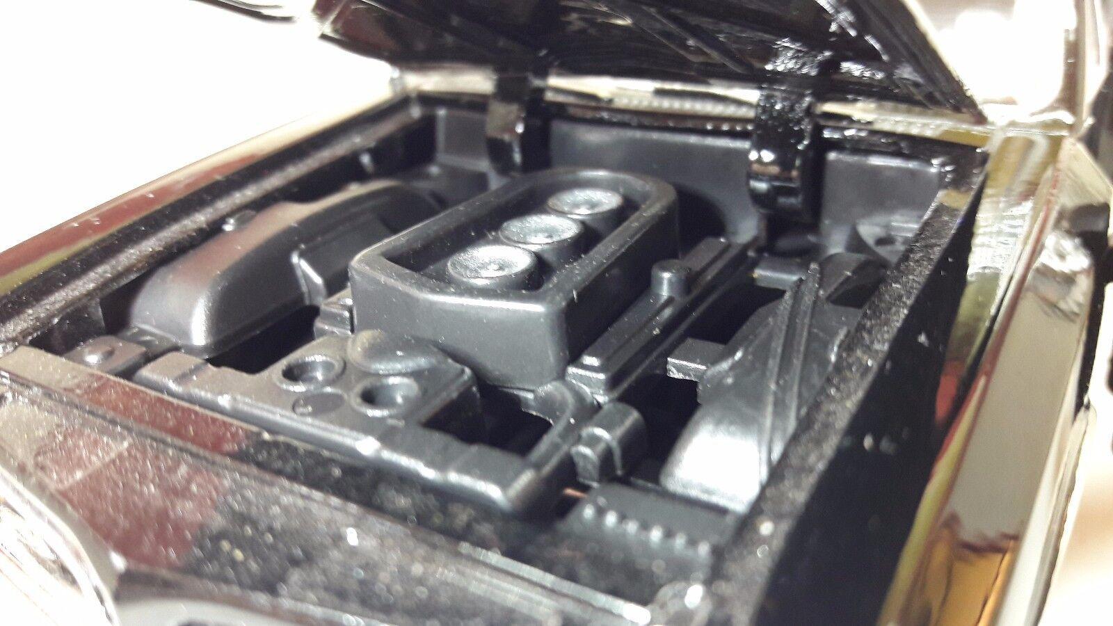 LGB 1 24 Escala 1966 Pontiac Pontiac Pontiac GTO HARDTOP V8 Negro Fundido Modelismo Coche fe4cef