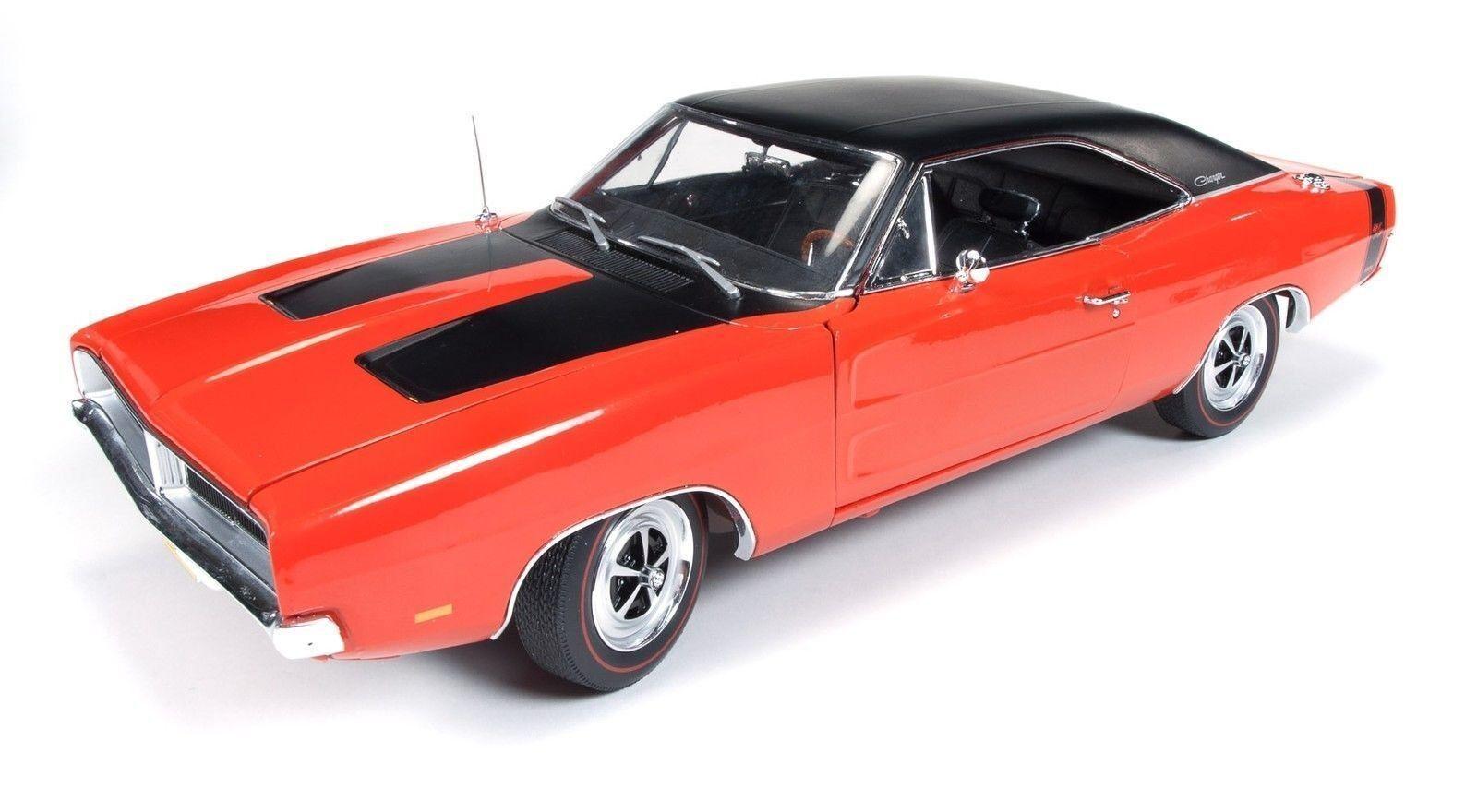 1 18 Autoworld   Ertl 1969 Dodge Caricabatterie R T 440 Hemi Arancione 100TH