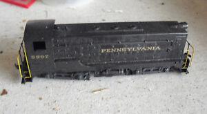 HO-Scale-Custom-Pennsylvania-PRR-5907-Non-Powered-Switcher-Locomotive