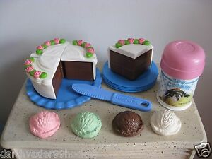 FISHER PRICE FUN FOOD● RARE CHOCOLATE CAKE PARTY ● ICE CREAM PLATES + MORE ● HTF
