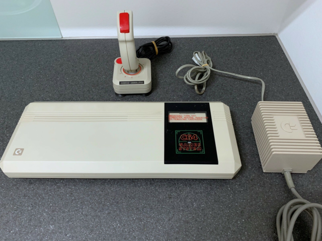 Commodore 64 Game Station, arkademaskine, Perfekt, Den…