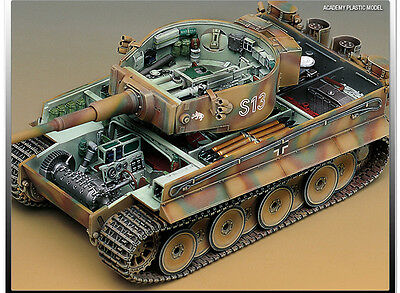 Plastic Model Kit Tank GERMAN TIGER-I EARLY VERSION 1/35 Academy 13239