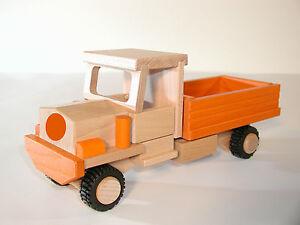 DDR Spielzeug ? LKW, Auto mit Pritschenladefläche
