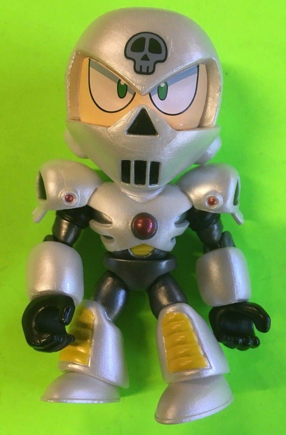 Hot Topic Exclusive - Loyal Subjects Megaman - Skullman Metallic Armor RARE 1 96