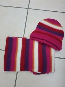Girls-hat-and-scarf-set