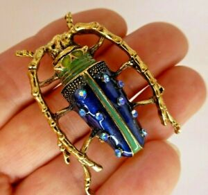 Beetle-insect-gold-plate-blue-glass-rhinestone-vintage-style-pin-in-gift-box