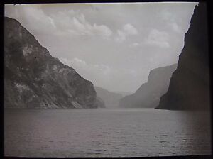Glass Magic Lantern Slide NORWEGIAN LOCATION NO6 C1930 PHOTO NORWAY FJORD - <span itemprop=availableAtOrFrom>Cornwall, United Kingdom</span> - Returns accepted Most purchases from business sellers are protected by the Consumer Contract Regulations 2013 which give you the right to cancel the purchase within 14 days after the day - Cornwall, United Kingdom
