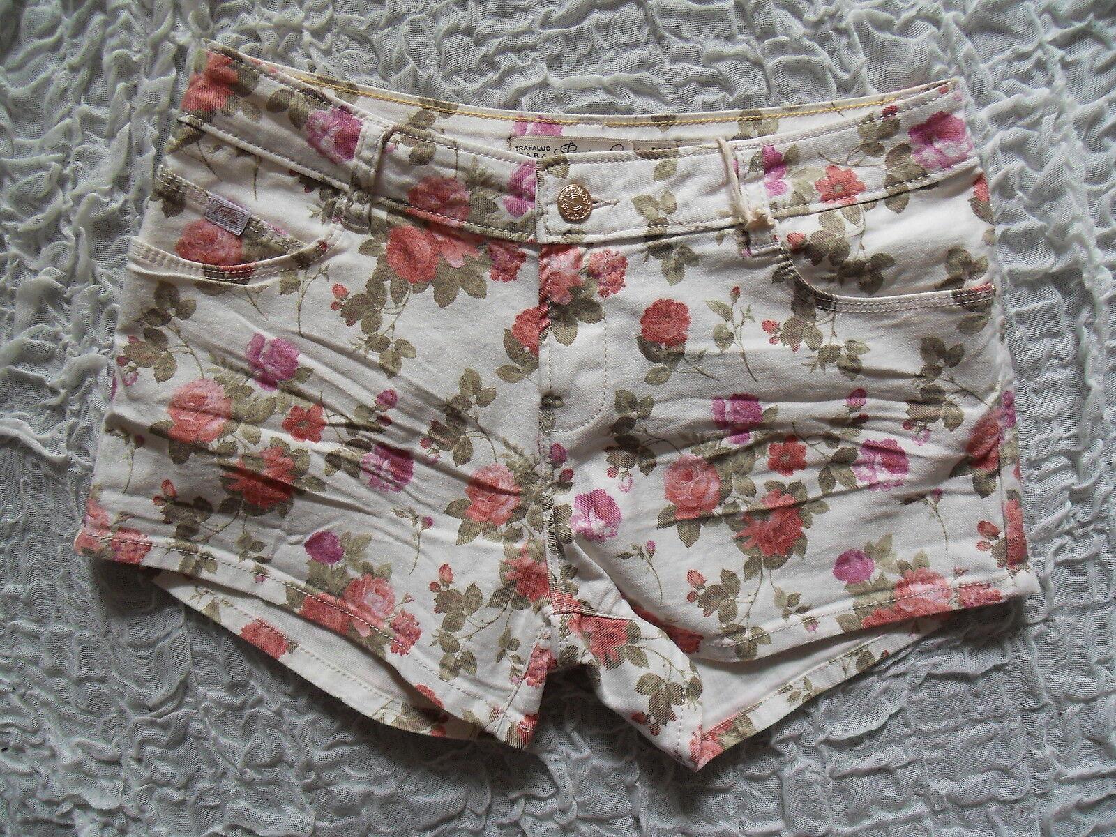 ZARA TRAFALUC off white pink floral print denim short shorts size 10 BNWT