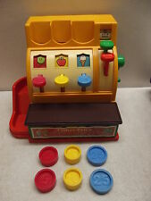 VINTAGE 1974 FISHER PRICE CASH REGISTER #926 W/ORIGINAL COINS  STILL WORKS 100%