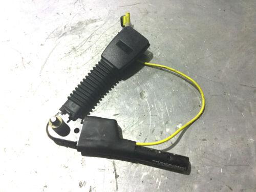O//S DRIVERS RIGHT SEAT BELT PRETENSIONER STALK CATCH CLIP MG TF LE500 1.6 1.8