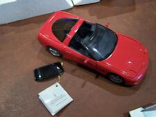 MIB FRANKLIN MINT 1/24 1997 RED CHEVROLET CORVETTE CLASSIC W/DOCS TOP & BOX