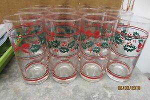 CHRISTMAS-CLEAR-DRINKING-GLASSES-RED-RIBBONS-HOLLY-LEAVES-VINTAGE-5-1-2-034