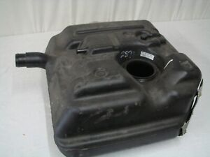 Land-Rover-Defender-110-Plastic-Fuel-Tank-WFE000440-New-Take-Off-Old-Stock