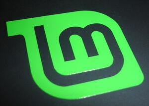 Linux-Mint-Logo-Vinyl-Laptop-Sticker-Open-source-Linux-Tux-Green-50mm
