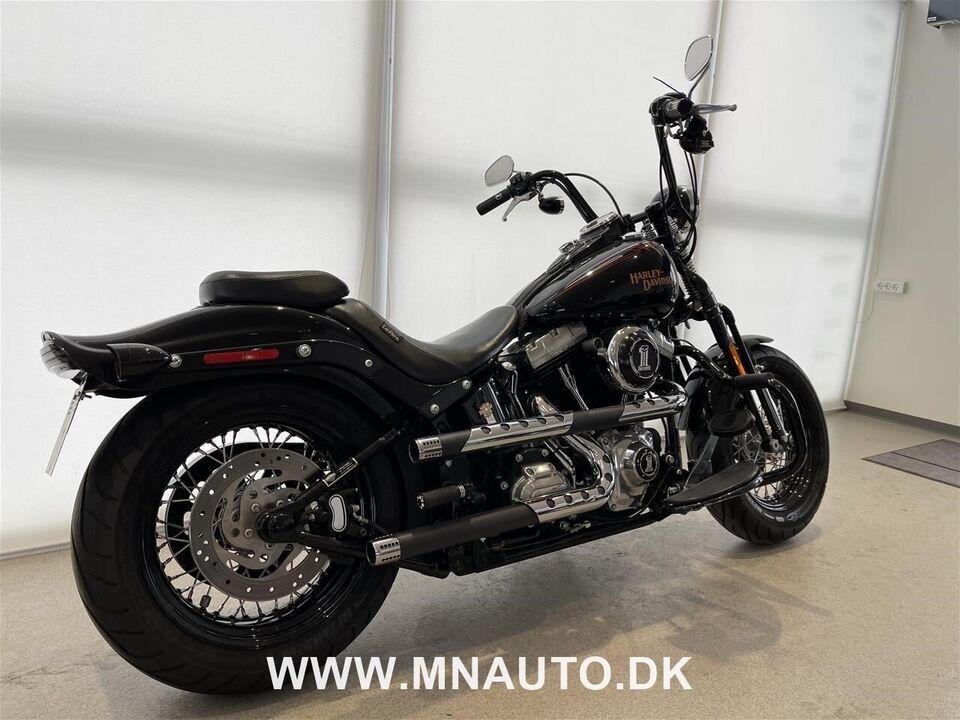 Harley-Davidson, FLSTSB Softail Cross Bones, ccm 1584