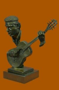 UNUSUAL-MID-CENTURY-MODERNIST-solid-9-1-2-034-BRONZE-SCULPTURE-BASE-GUITAR-PLAYER