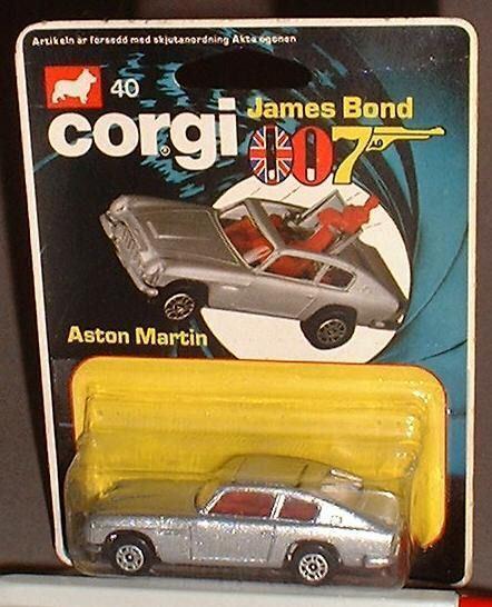 CORGI JUNIOR 007 JAMES BOND 40 ASTON MARTIN M B