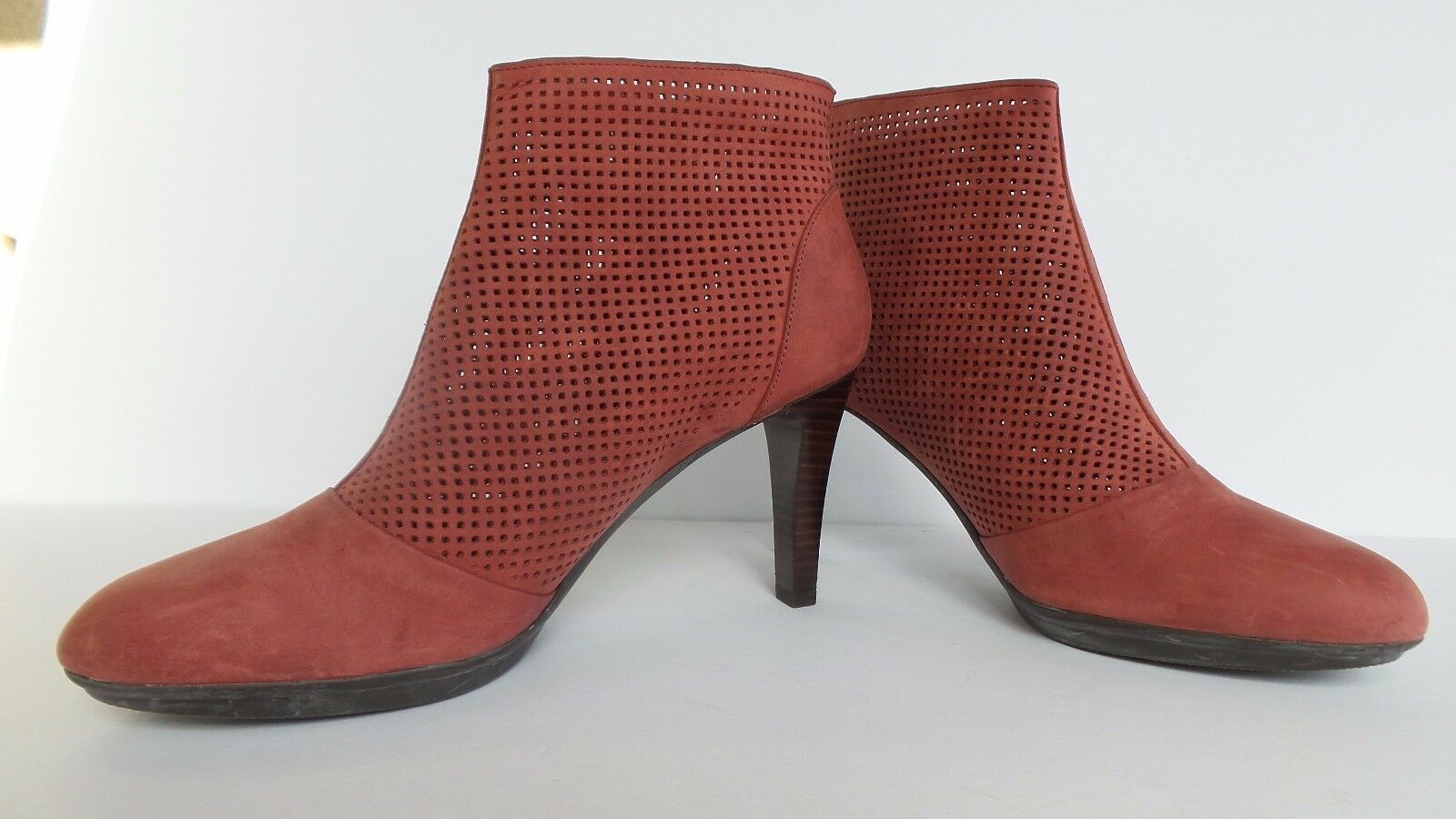 Johnston and Murphy Womens Lani Zip Bootie Pink Pink Pink Suede Heel Size 9.5 SALE 740e49