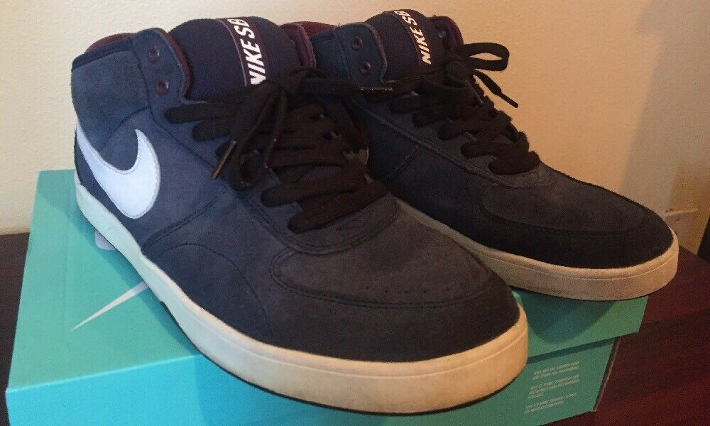 19aec6e2a9ed Men s Women s Nike SB SB SB Dunk Mid (Size 10US) selling price Ranked