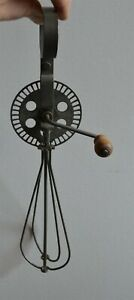 Unusual-Antique-Mechanical-egg-beater-Wire-Beaters