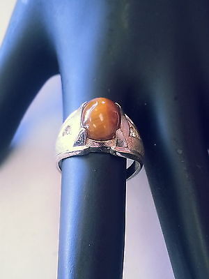 Sterling Silver Ring with a Yellow Stone Size 5 1/2